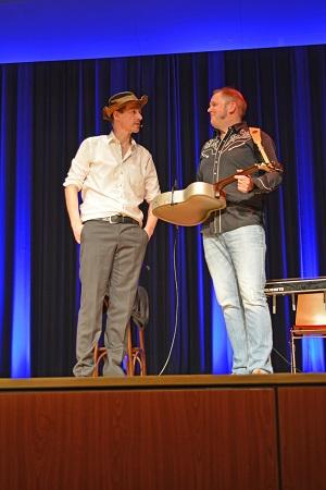 Dietrich Faber und Django Bonanza auf der Bühne